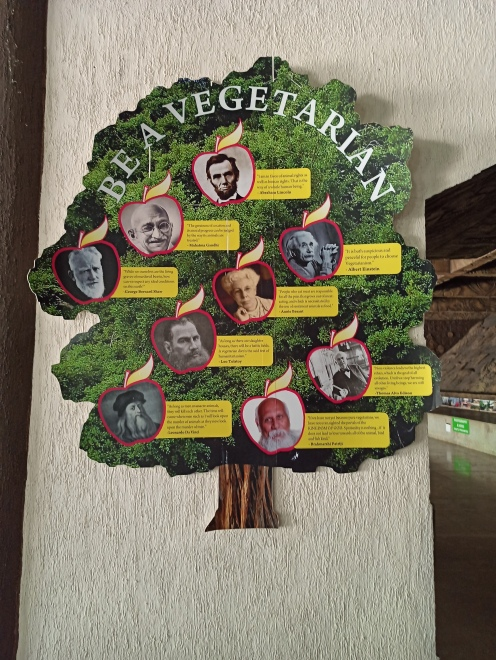 Quotes tree by famous personalities